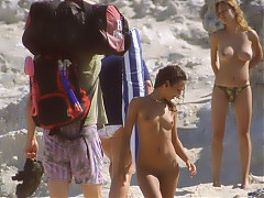 Lewd naked babes shows  pussy at nude beaches in Cuba
